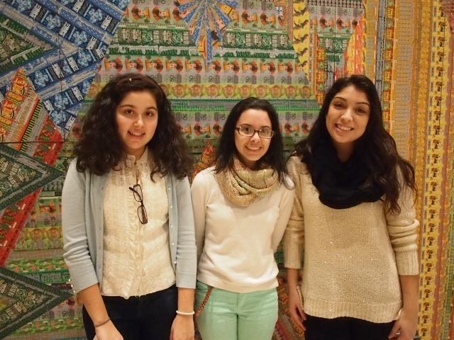 Student docentsIsabelle Montesinos, Alejandra Siguero and Natalie Bedon